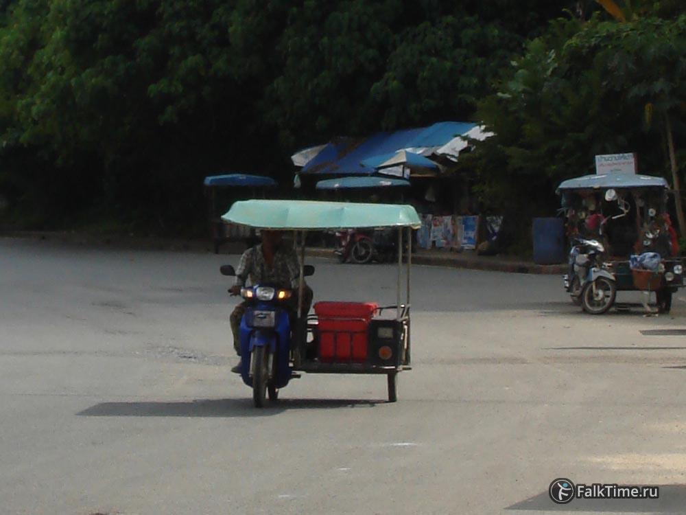 Мототакси с пристройкой