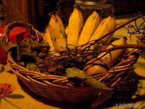 Лонган во фруктовой корзинке