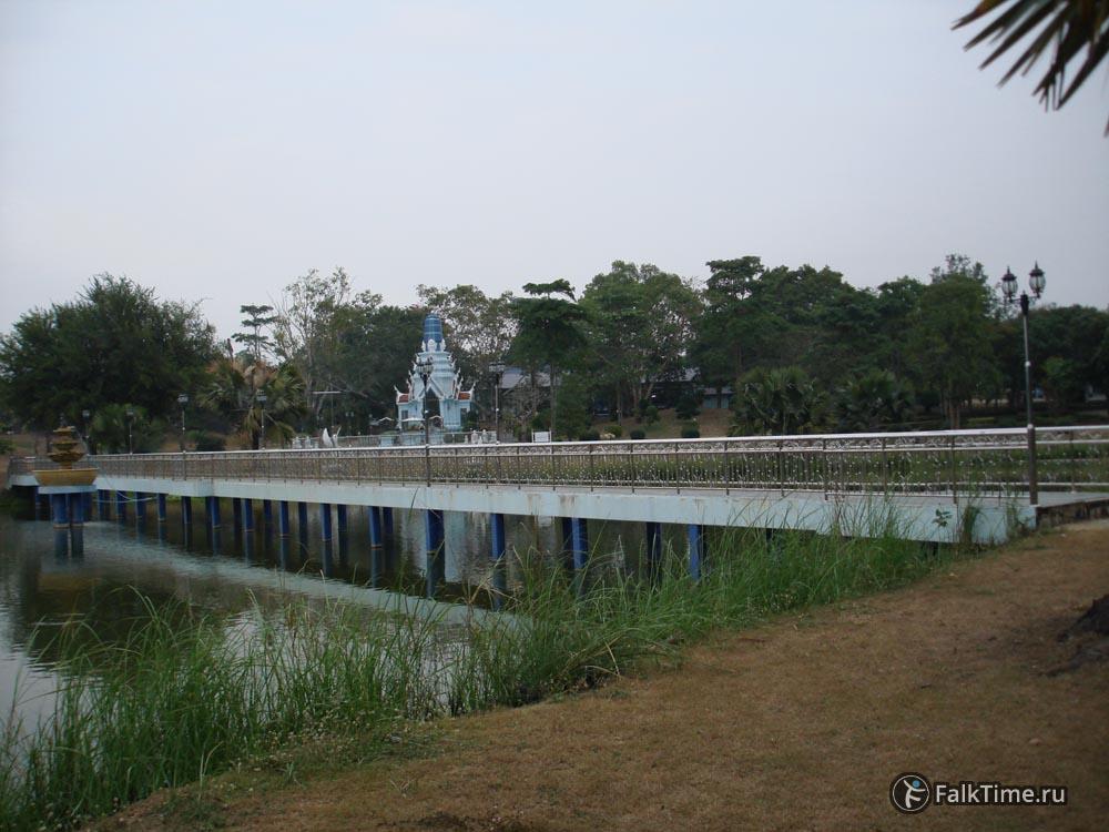 Пруд и святилище Вирулхаки