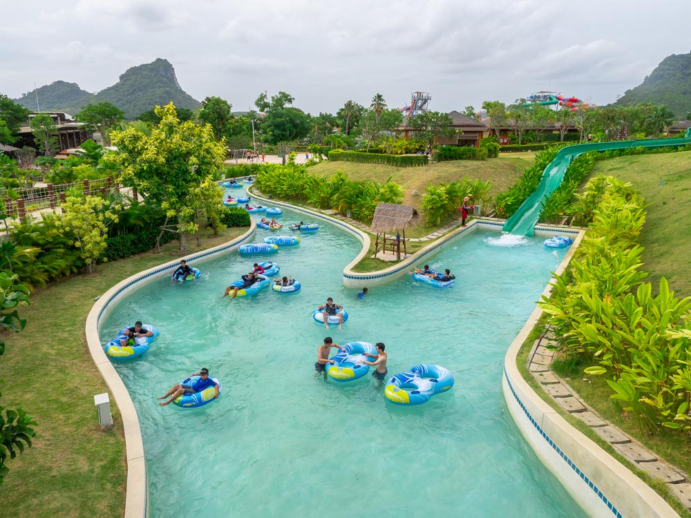 Ленивая река в аквапарке Рамаяна