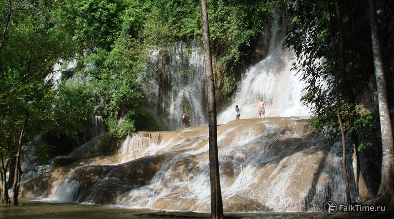 Водопад Сай Йок Ной